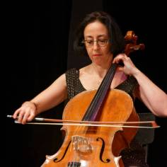 ...le concert se terminant avec Delphine Kerob