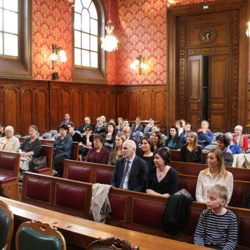 La salle Montesquieu et le public