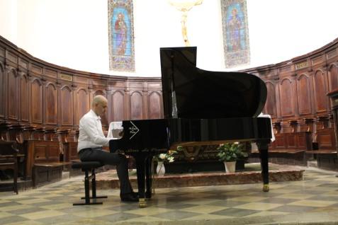 Sylvain Bottineau, piano....
