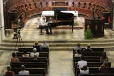 donne un concert de piano le 17 août 2017...