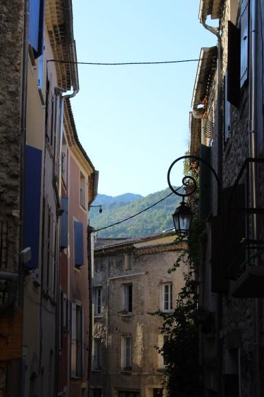 vue des montagnes depuis le village
