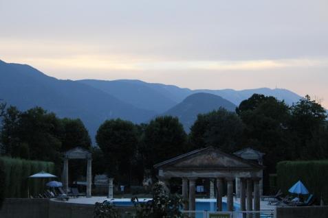 Couché de soleil au château de Montbrun